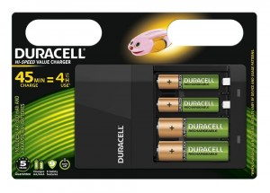 Duracell CEF14 Charger + 2 AA + 2 AAA 45 min charge = 4 h use